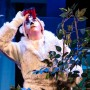 The-Polar-Bears-Go-Up-at-Unicorn-Theatre ©Richard-Davenport