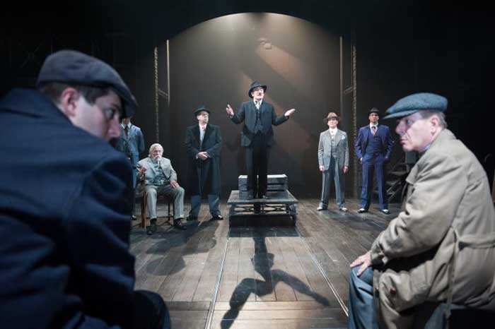the resistible rise of arturo ui The resistible rise of arturo ui subtitled a parable play, is a 1941 play by the  german playwright bertolt brecht it chronicles the rise of arturo ui, a fictional.
