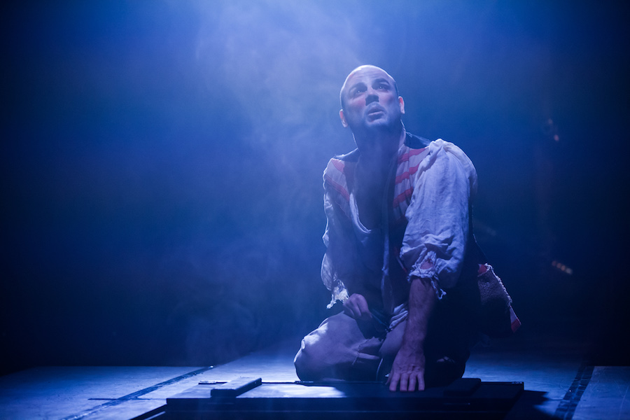 downward cycle of macbeths life in shakespeares play The best-selling thriller writer turns shakespeare's classic into a 1970s-era thriller  to help the scottish play's heaping doses of mayhem go down, the author makes some crafty choices .