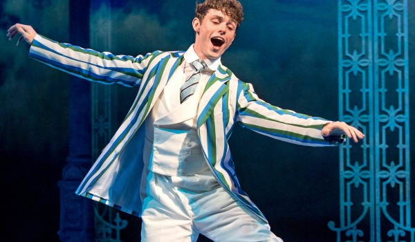 Half A Sixpence, Noël Coward, Charlie Temps, Devon-Elise Johnson, Emma Williams, Alex Hope, Callum Train, Sam O'Rourke, Bethany Huckle, Ian Bartholomew, Rachel Kavanaugh, Julian Fellowes, George Stiles, Anthony Drewe, David Heneker